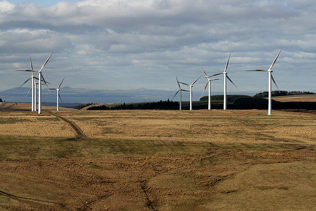 Wind turbines on Carfrae Common