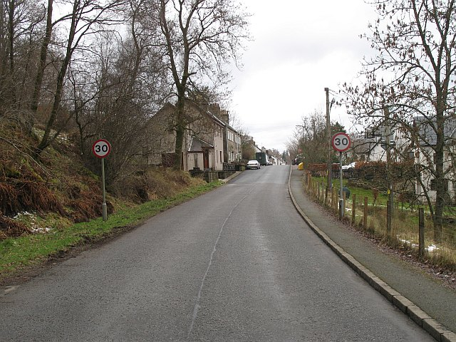 Eastern approach to Fintry