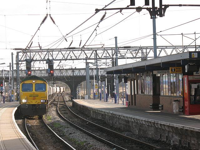 Bedford railway station: Freightliner