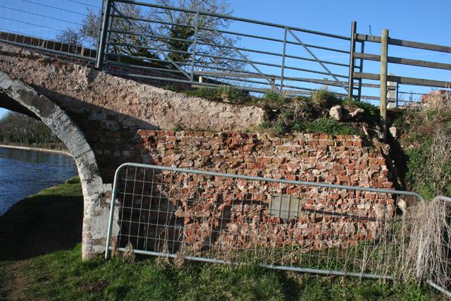 Platt's Bridge: rebuilding detail