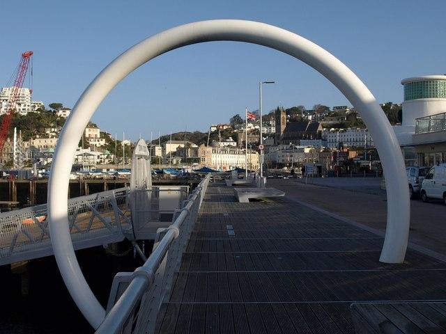 Hoop, Beacon Quay