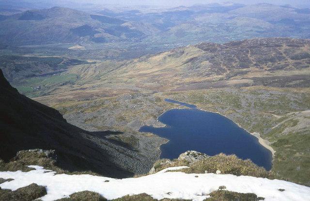 Llyn y Gadair from the ridge