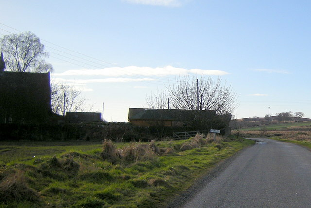 Entering Guthrie from Heugh-head Road