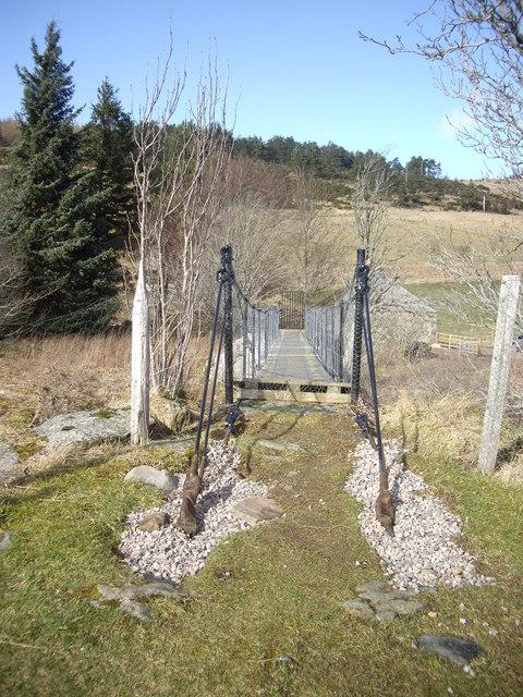 Footbridge across the Deveron