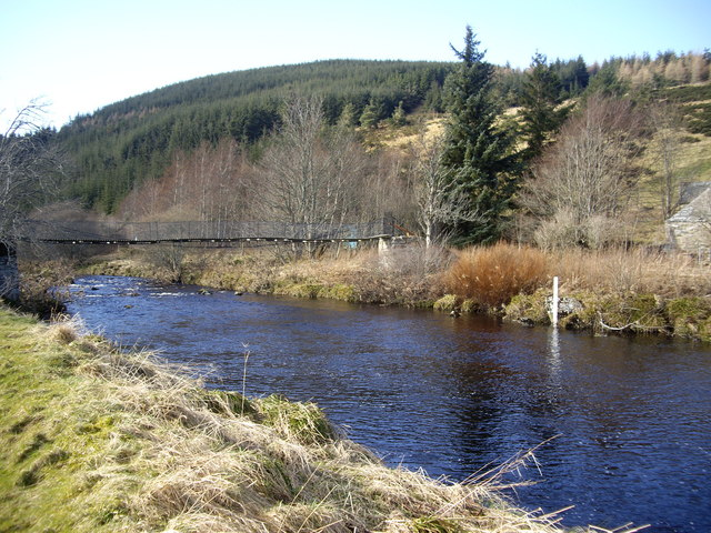 Mill of Lynebain footbridge
