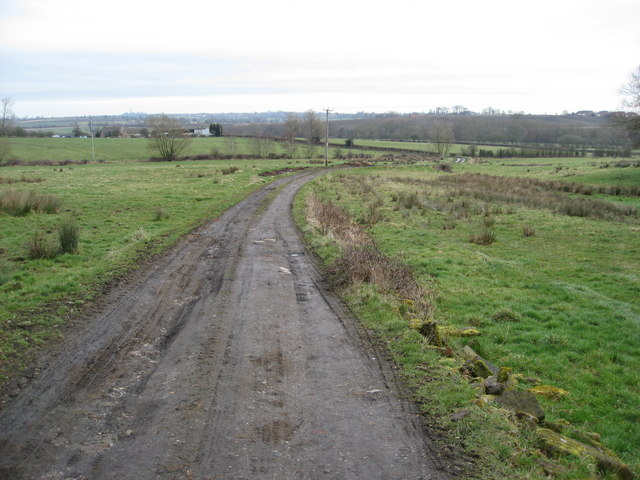 Track to Meadow Farm