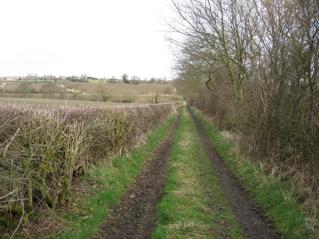 Track near Meadow Farm