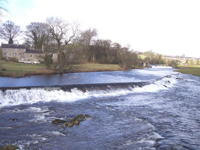 Weir at Linton on River Wharfe