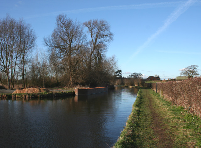 Late afternoon sun on the canal, Burland
