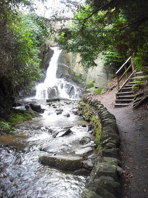 Waterfall in Wilton Lodge Park