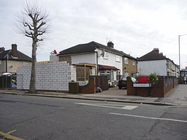Glyn Road, Ponders End