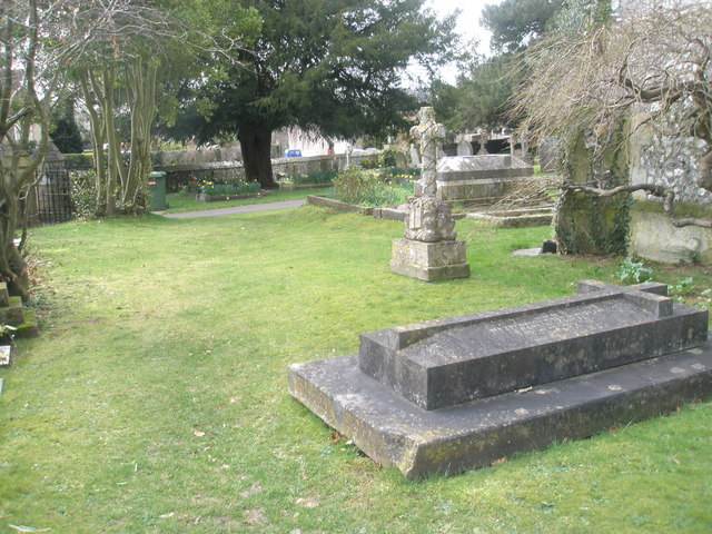 Churchyard at Holy Trinity, Blendworth