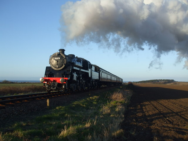BR Standard 76079 on a photo charter