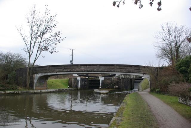 Middle Lock Bridge (Bridge 53)