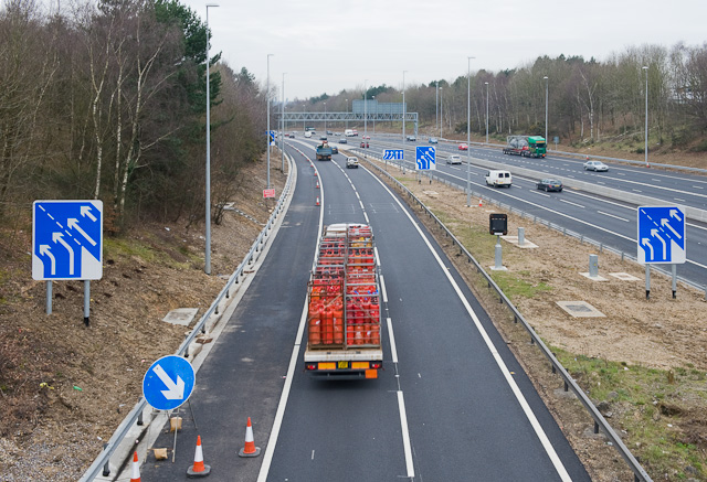M3 southbound becomes M27
