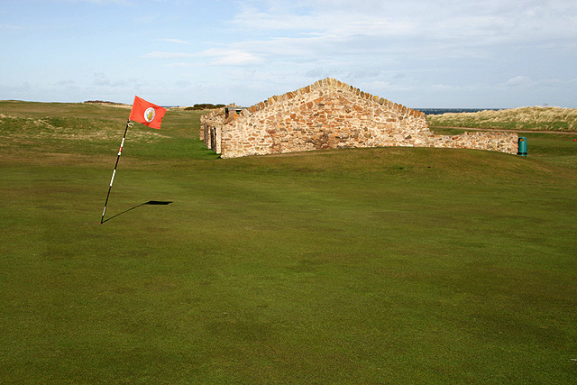The 10th green at Dunbar Golf Course