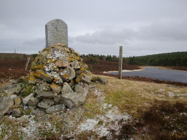 Boundary cairn on Craiglea Hill