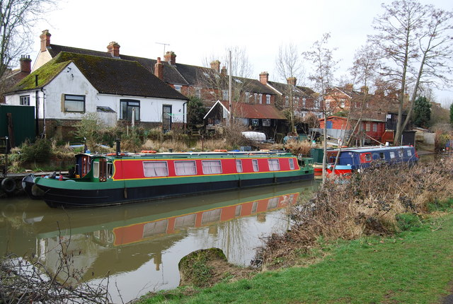Narrowboats moored on the Medway, Tonbridge