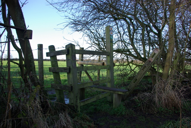 Footpath junction outside Ufton