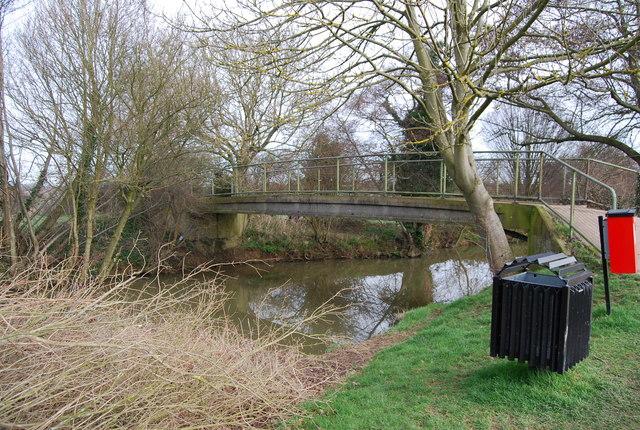 Footbridge over the River Medway