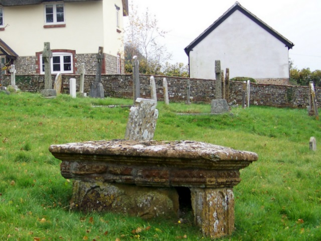 Table tomb, The Church of St Mary the Virgin