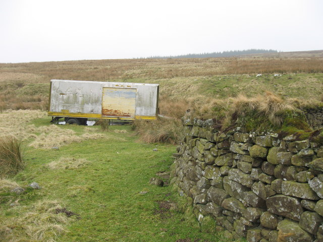 Stelling (and trailer) on Burngrange Moor