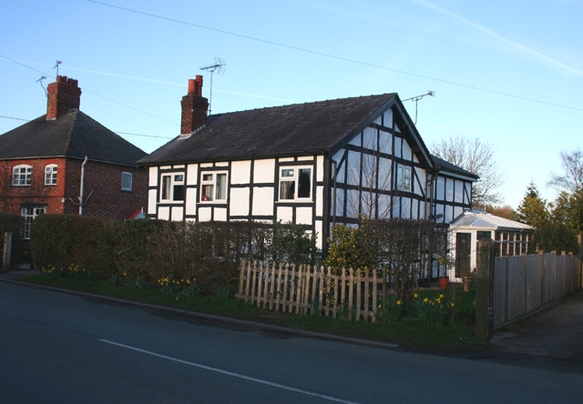 Black and white cottage, Swanley