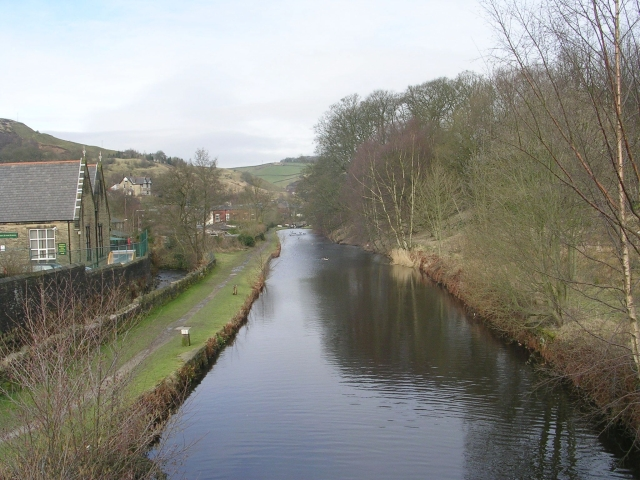 Rochdale Canal - Alma Road