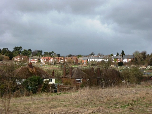 Houses in Duckmore Lane with Aylesbury Road, Tring, in the distance
