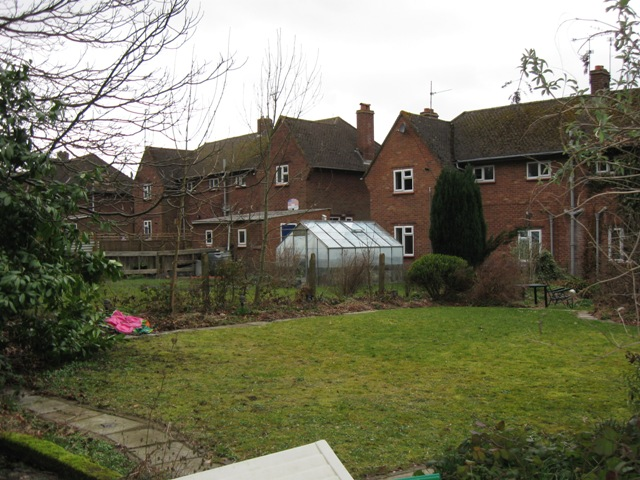 Rear of houses in Woodland Close, Tring