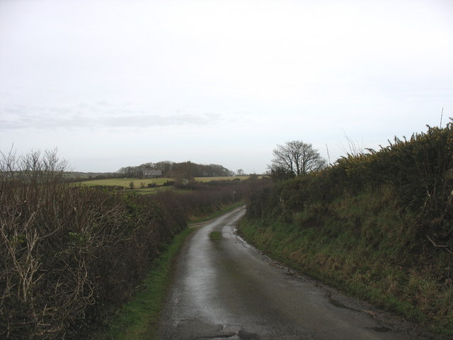 Bend in the road near Bryniau Tecaf Farm