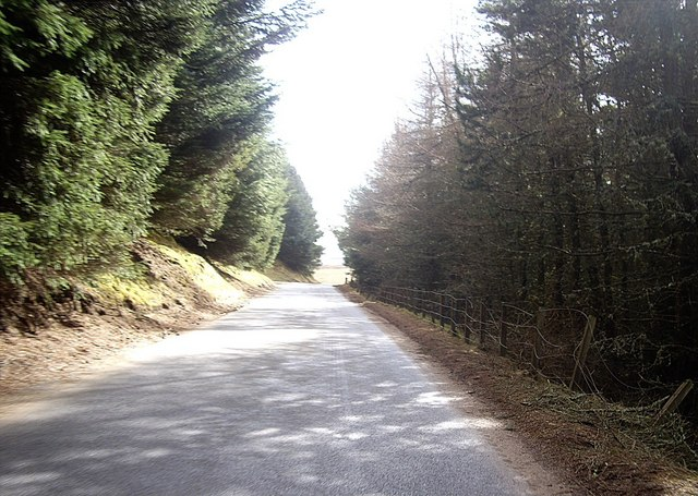 Road from Ballochford to Bridgend