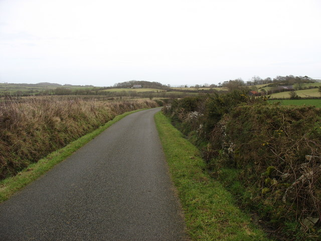 Bend in the Llaneuddog road west of Cors-yr-odyn