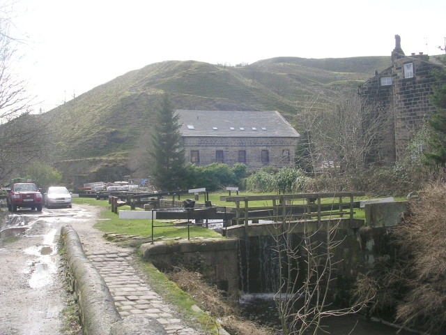 Gauxholme Highest Lock No 24 - Rochdale Canal - Bacup Road
