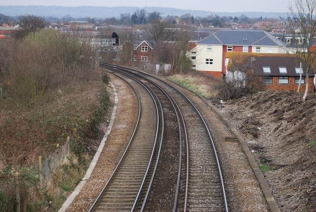Railway line to Tonbridge
