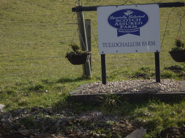 Sign for Tullochallum Farm