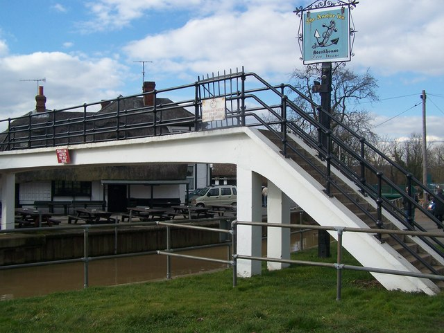Footbridge over the River Medway to the Anchor Inn