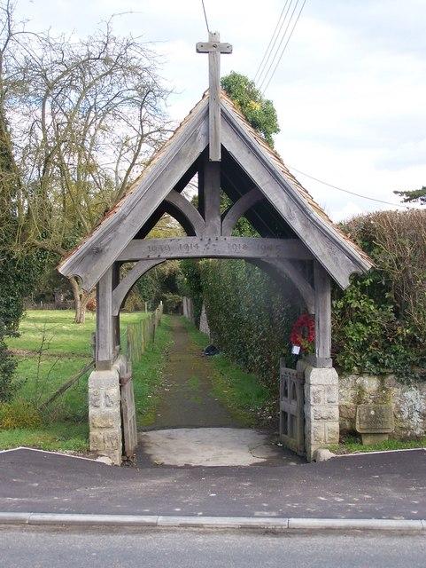 Lych gate on B2015 Maidstone Road