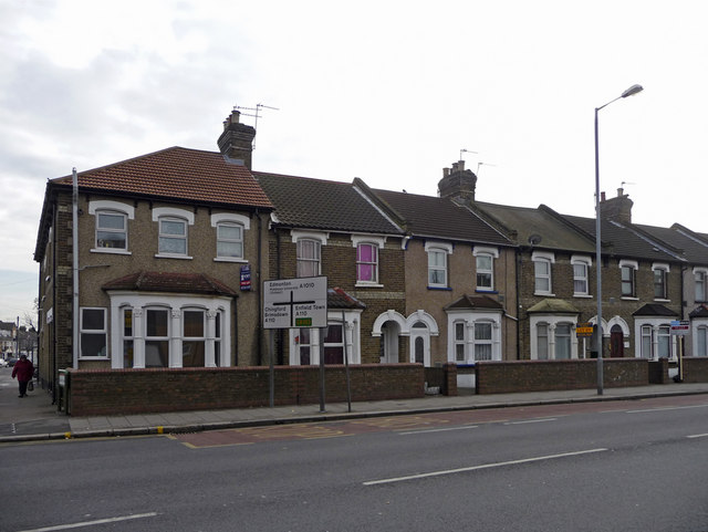 Terraced housing on east side of Hertford Road, Ponders End