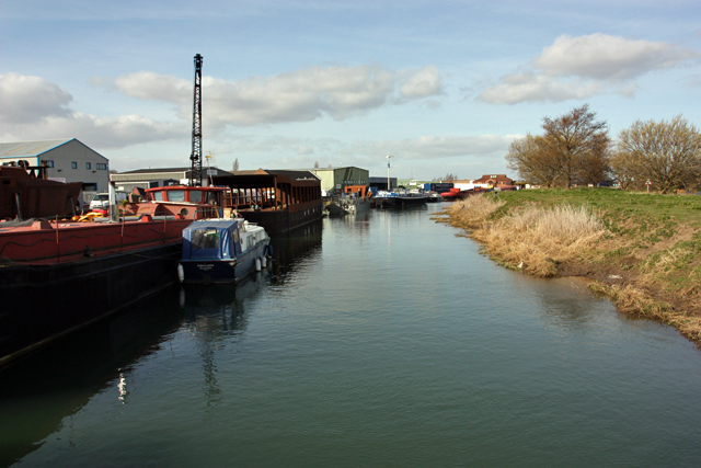 River Hull, Grovehill