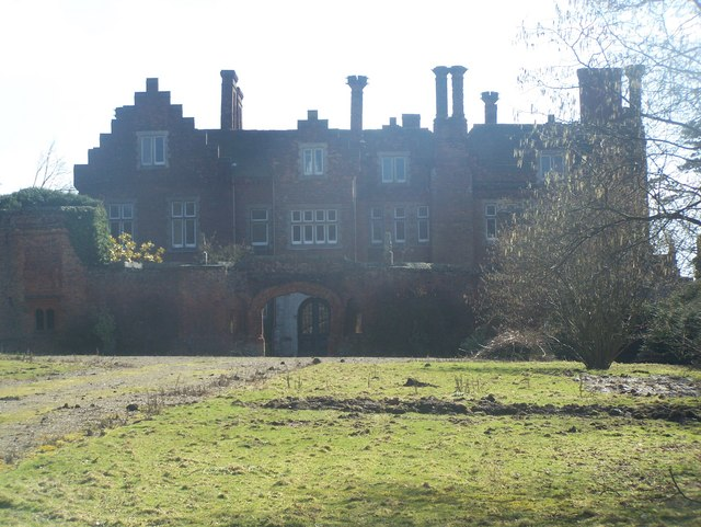Roydon Hall from driveway