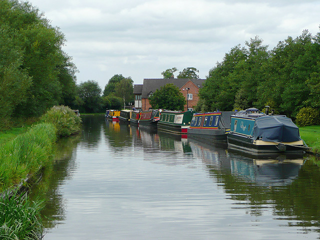 Staffordshire and Worcestershire Canal, Acton Trussell, Staffordshire