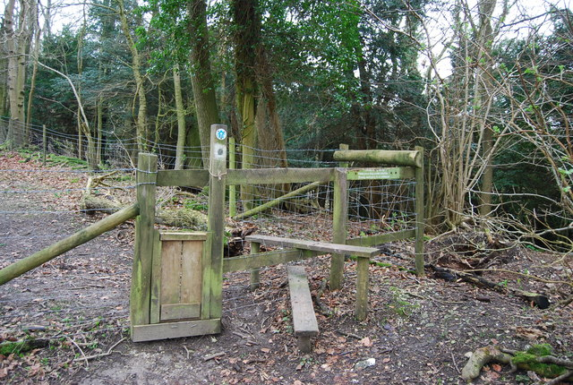 Stile on the Hangers Way, Oakshott Hanger