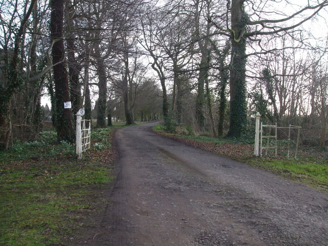 Private lane to Tetley Hall