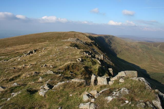 View towards the main summit from Cadair Berwyn New Top