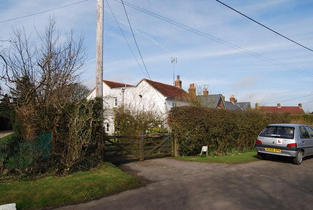 Garryowen, Warren Lane, Warren Corner