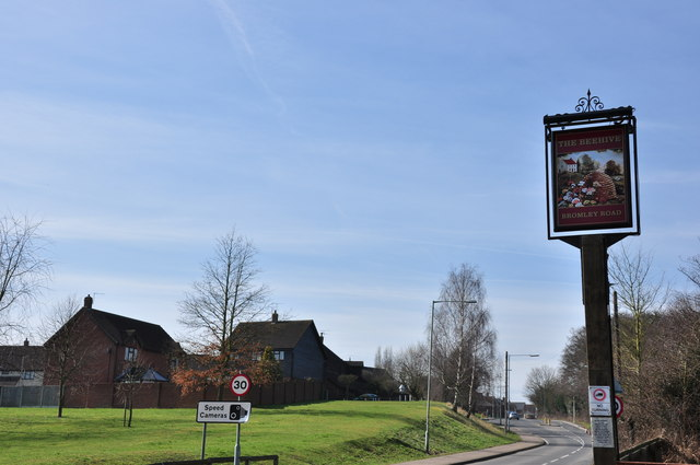 The sign for The Beehive on Bromley Road