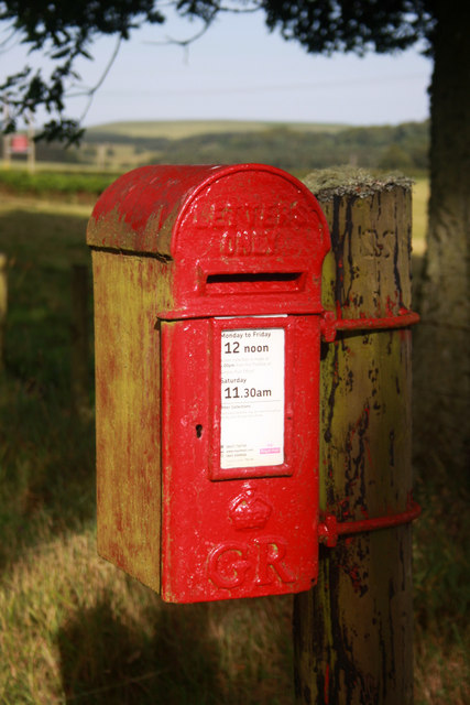 King George V Post Box TD3