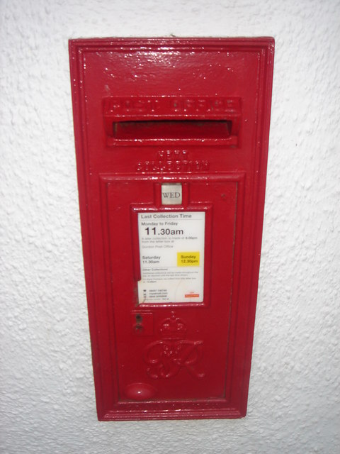 King George VI B Size Wall Box