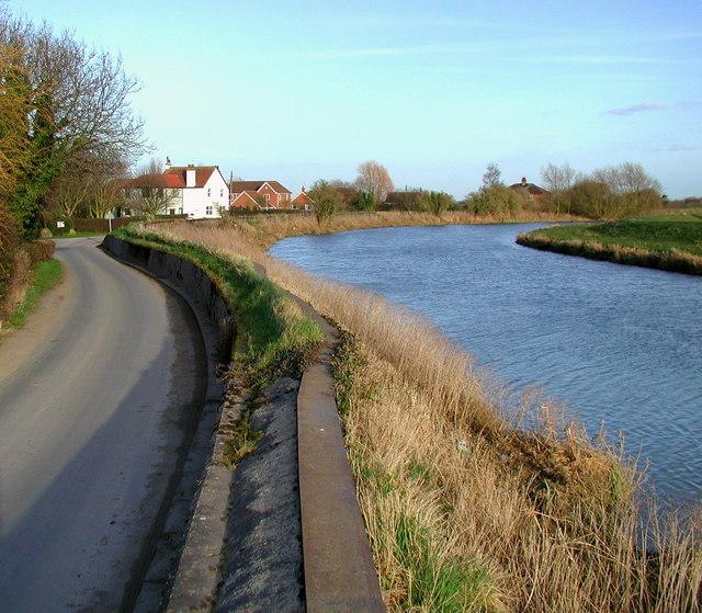 Weel Road embankment
